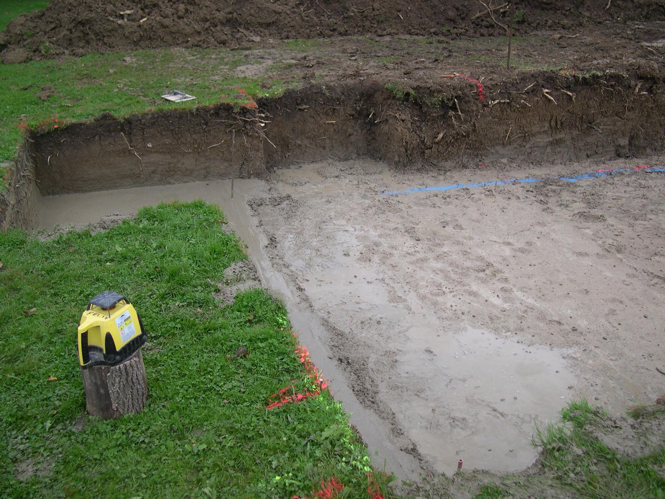 Construction piscine b ton des photos des photos de fond for Construction piscine beton