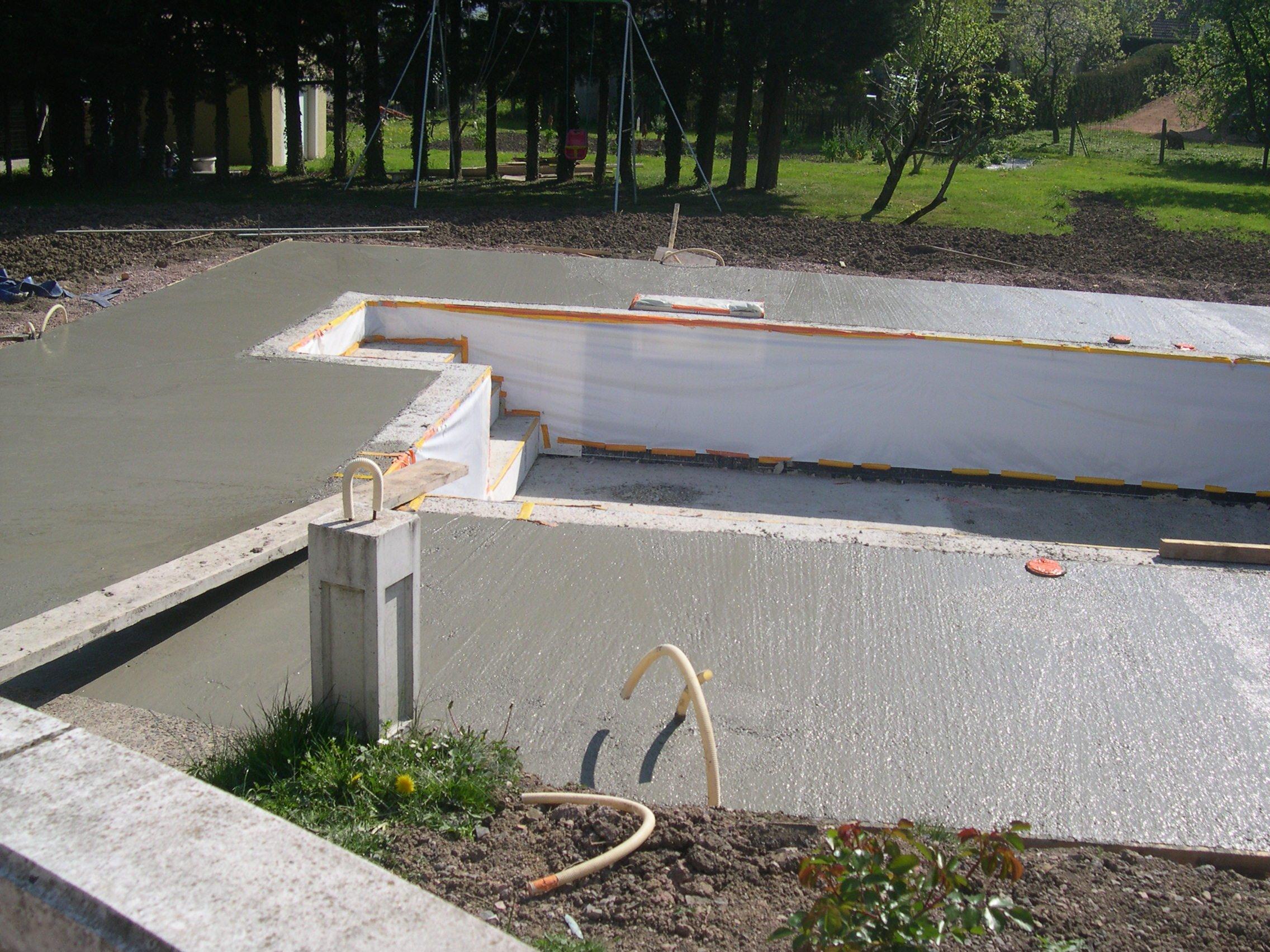 Non class construction piscine magiline 9x for Construction piscine magiline